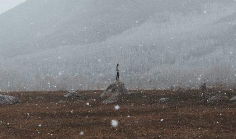 Z dala od zgiełku – kilka myśli o ciszy, pandemii i narodzeniu Chrystusa