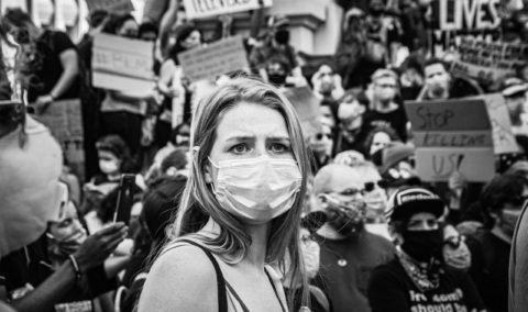 Witamy w świecie przesiąkniętym chaosem, czyli kilka myśli o wyzwaniach pandemicznej rzeczywistości